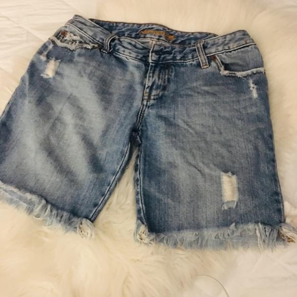 American Eagle Outfitters Pants - American Eagle• Denim shorts